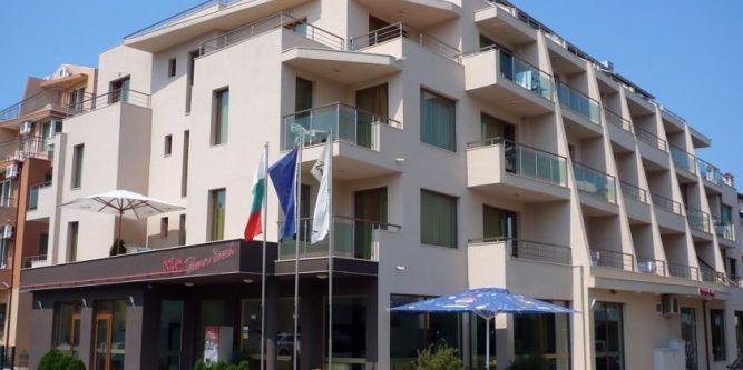 Хотел Табанов Бийч
