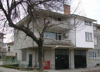 Семеен хотел Гешеви
