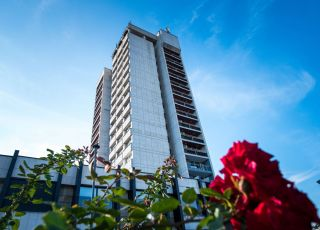 Хотел Арпезос