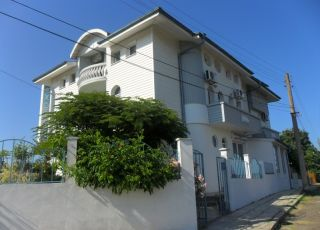 Семеен хотел Варната