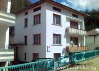 Семеен хотел самосоятелни стаи Кьоровски