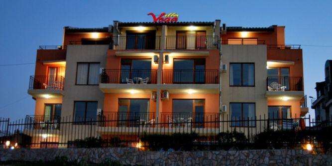 Семеен хотел Вила Вега