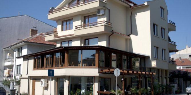 Семеен хотел Албатрос - Нов град