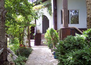 Къща Елла