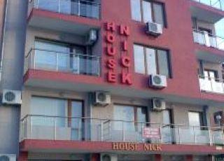 Семеен хотел Ник