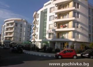 Апартамент в комплекс Азуро