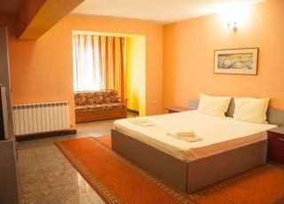 Семеен хотел Ертанком