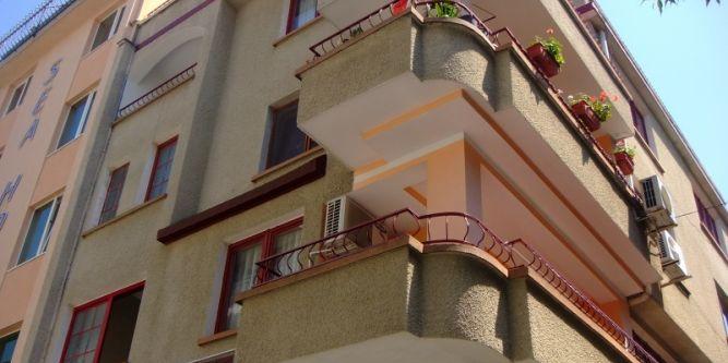 Семеен хотел М & Д