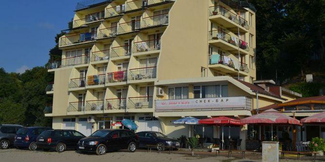 Семеен хотел Славини Сии