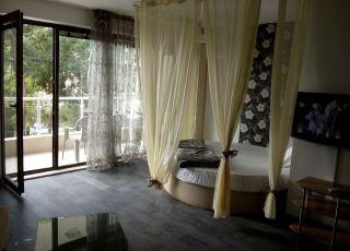 Апартамент Студио Романтика