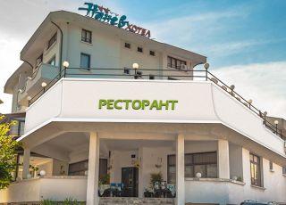 Хотел Нанев