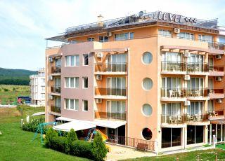 Хотел Левел