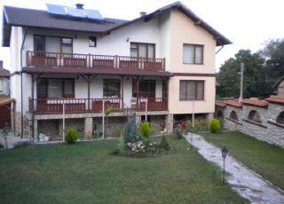 Семеен хотел Николови