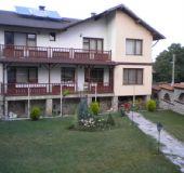 Family hotel Nikolovi