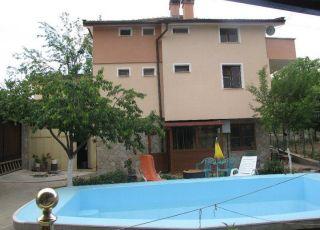 Семеен хотел Дикрас