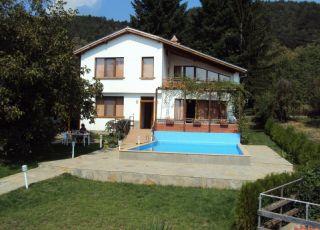 Къща за гости Мирлеви