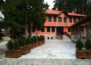 Семеен хотел Хаджиите