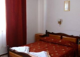 Семеен хотел Златен Лъв