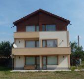 House Villa Shiroki Dol
