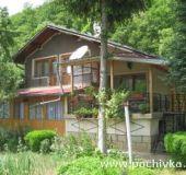 House Tihia Kat