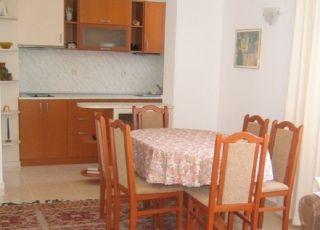 Апартамент Катрафилови