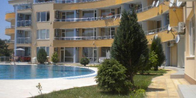 Апартамент Лъки 2