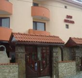 Family hotel Dom Karadarlievi