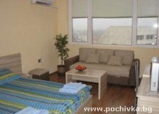Апартамент Студио Костова
