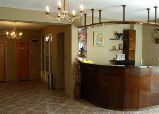 Семеен хотел Селена