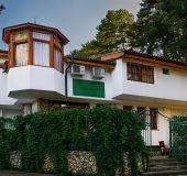 Family hotel Cheshmeto