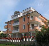 Family hotel Niya