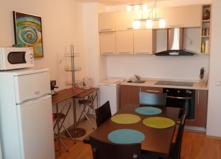 Апартамент Каварна Хилс VI-8