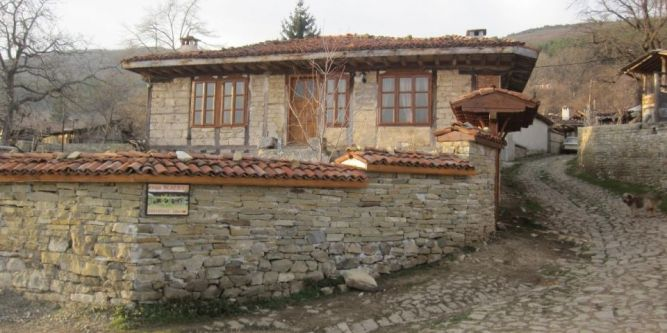 Къща Жеравна