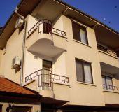 House Adella