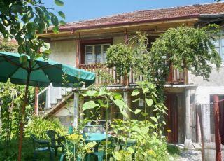 Къща Атанасови
