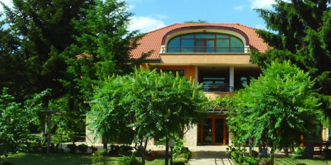 Хотел Добрички Хиподрум