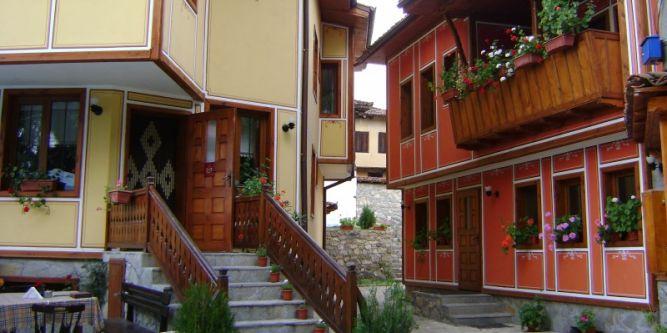 Тодорини къщи
