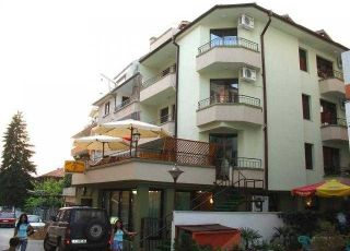 Хотел Ванини