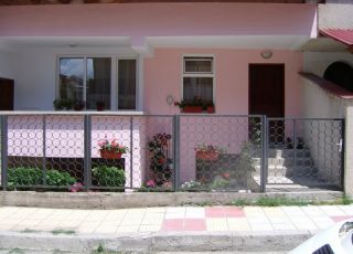 Апартамент Джована