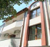 House House Kostovi
