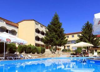 Хотел Наслада 3*