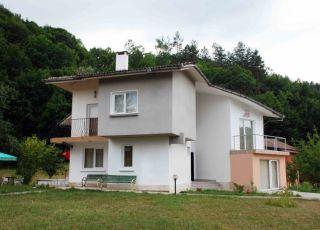 Къща Велена