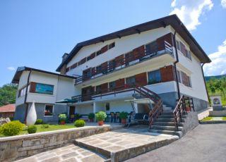 Къща Балкански кът