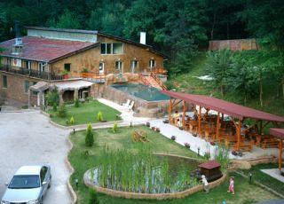 Image result for hotel manastira lyaskovets
