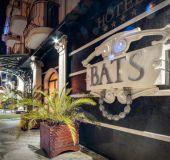 Hotel Bats
