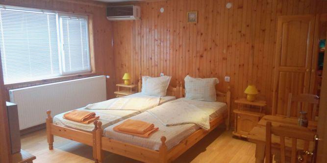 Семеен хотел Балтаджиеви