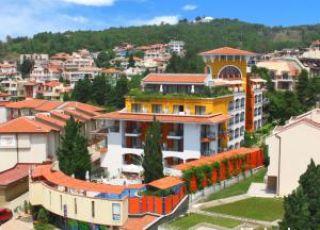 Хотел Кипарисите