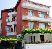 Family hotel Prodanovi
