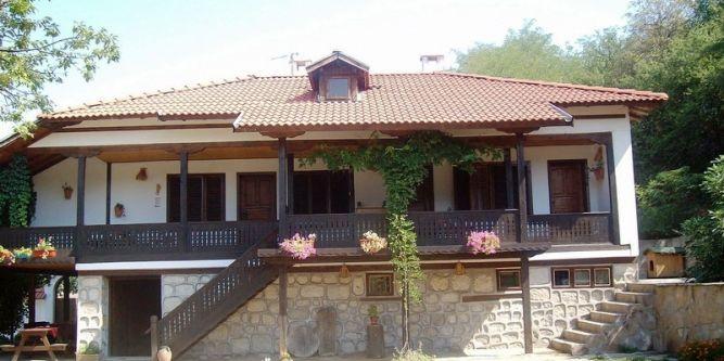 Семеен хотел Стара къща