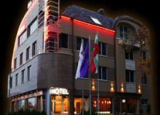 Семеен хотел Eлейт Плаза